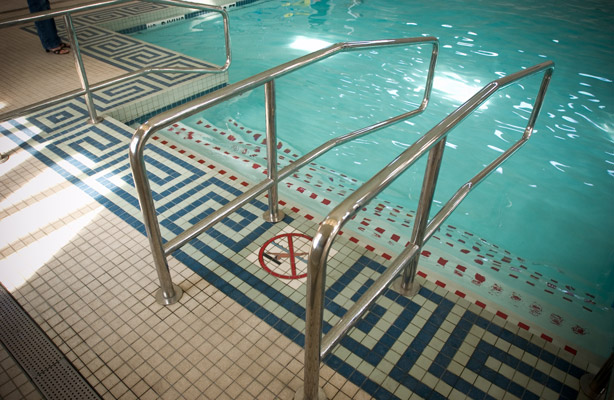 Commercial pool tile installation in Houston by Texas Floor Covering, Inc.